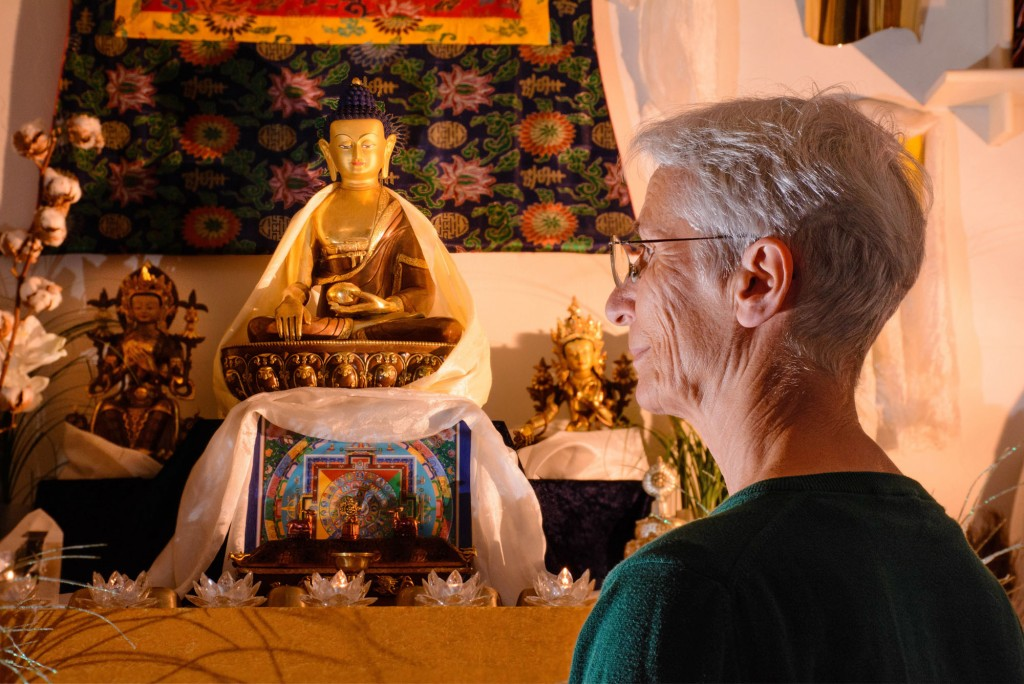 """""""Buddhismus entdecken"""" lädt Interessierte aller Glaubensrichtungen ein, die Bewusstseinsarbeit und die philosophischen Standpunkte des tibetischen Buddhismus kennenzulernen."""