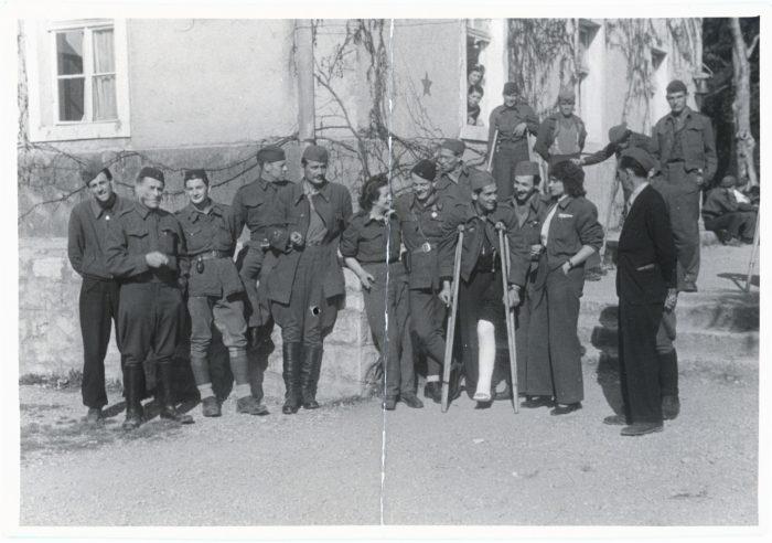 Paul Parin und Goldy Matthèy im Partisanenspital Meljine, 1945